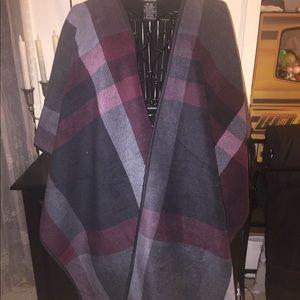 Ike behar wrap shawl poncho shawl o/s